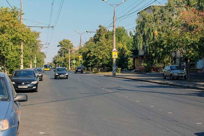 Ремонт дороги на улице Ленина в Центральном районе Тольятти