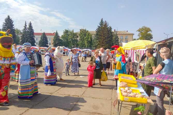 Ярмарка товаров сельхозпроизводителей и фермеров Самарской области в Тольятти