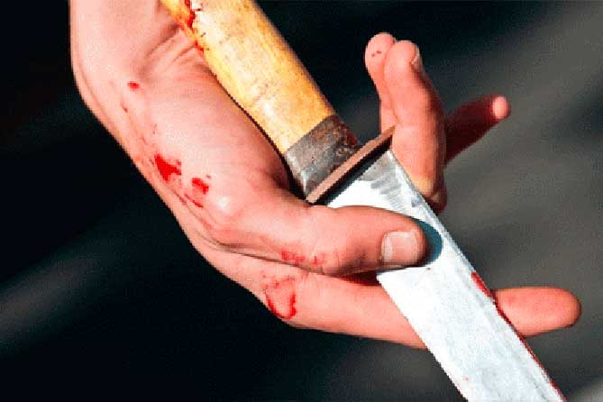 Дело об убийстве направлено в суд: Он признался, что ударил ножом в спину