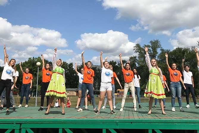 «Яркие выходные Тольятти» 1 и 2 сентября 2018 года: Джазовый оркестр, театры, единоборства, веселые старты, ярмарка