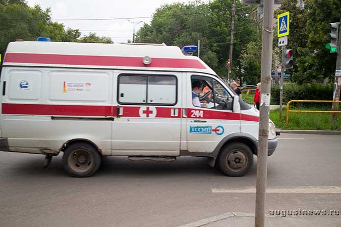 Распоряжением Правительства РФ закупят новые машины скорой помощи и школьные автобусы