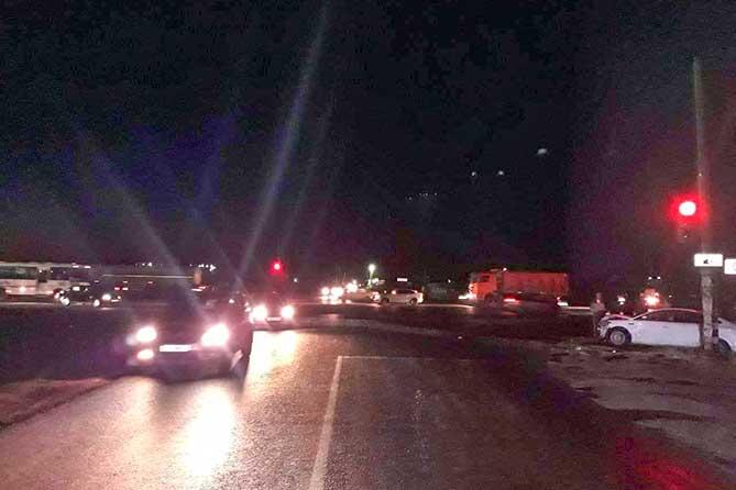 ДТП на Обводном шоссе: Водитель госпитализирован