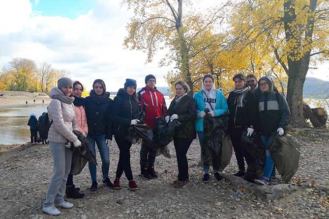 На полуострове Копылово 12 октября 2018 года прошел субботник