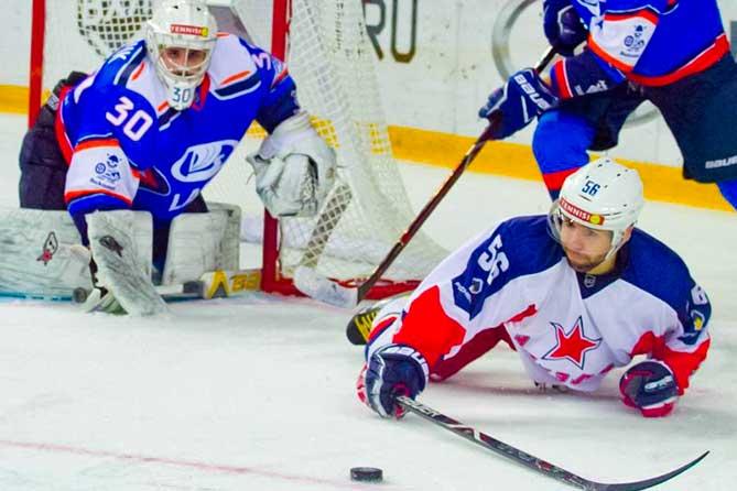 Хоккейная команда «Лада» одержала семь побед подряд