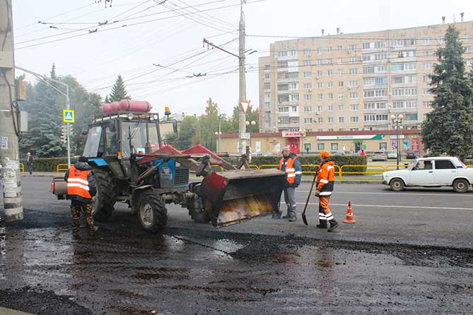 Ремонт дороги на улице Горького завершается