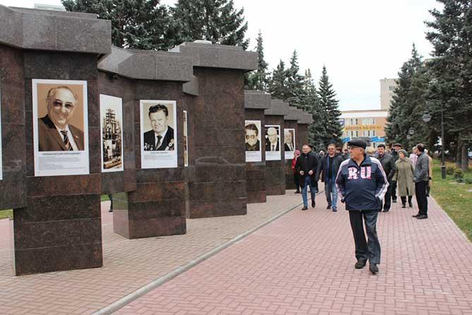 Тольяттинцы проявляют неподдельный интерес к новому знаковому объекту