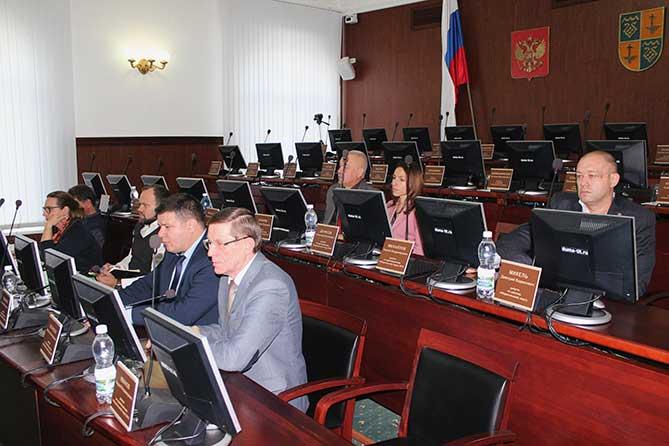 Депутаты озвучили свои предложения по увеличению налоговых и неналоговых доходов