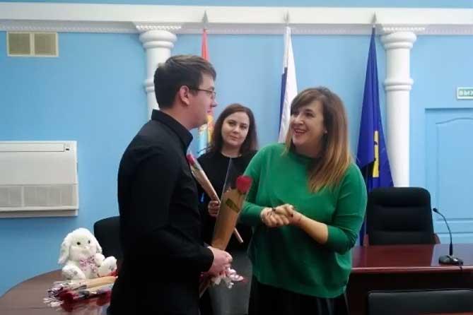 Дети-сироты в Тольятти получили ключи от новеньких квартир
