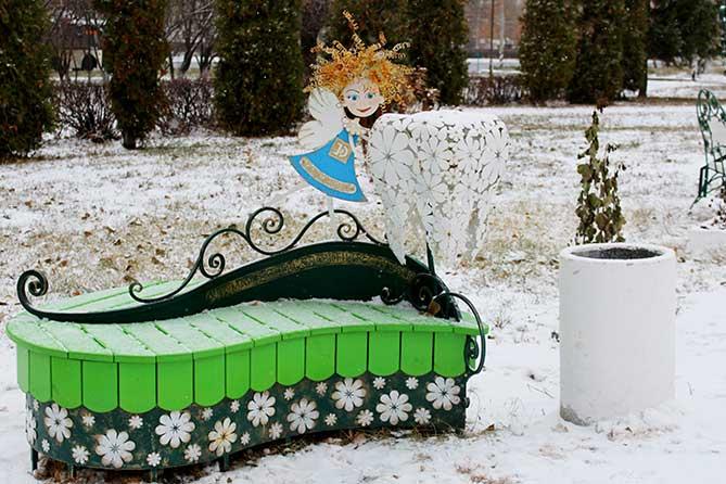 Счастливые скамейки Тольятти