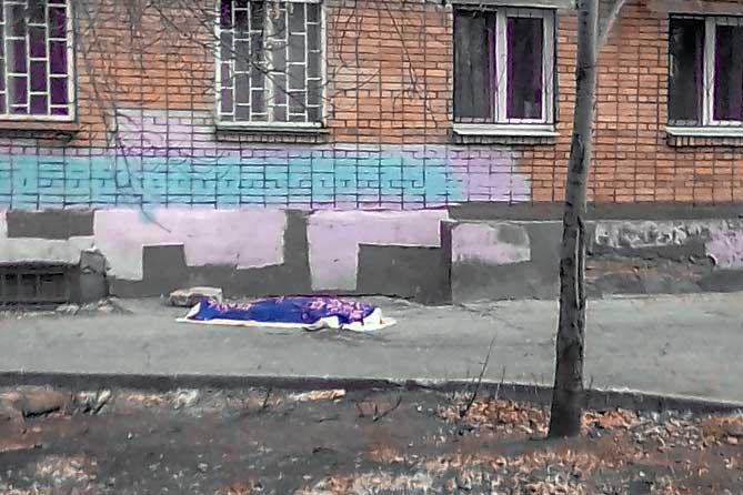 В Тольятти на улице Советской мужчина упал с высоты