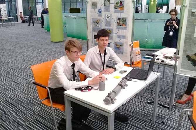 Игорь Комаров и Дмитрий Азаров посетили технопарк «Жигулевская долина» в Тольятти