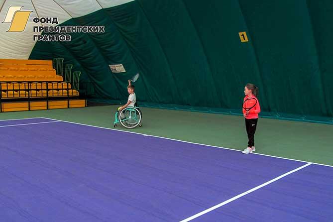 В Тольятти прошел спортивный турнир с участием детей-теннисистов и детей, занимающихся теннисом на колясках