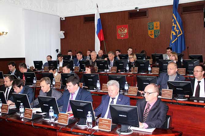 Решением Думы предусмотрены дополнительные средства на социальные нужды Тольятти