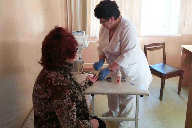Жители Тольятти могут бесплатно проверить содержание сахара и холестерина в крови, пройти обследования сердца 12 декабря 2018 года