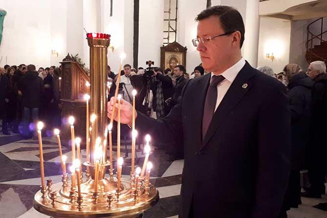 Поздравление Дмитрия Азарова с праздником Рождества Христова 7 января 2019 года