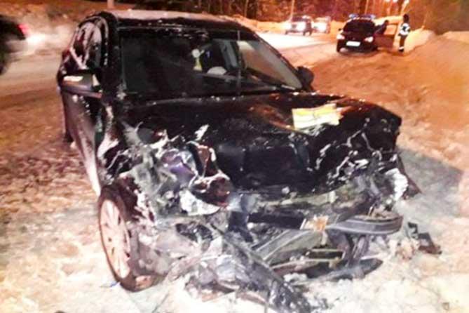 В ДТП на Комсомольском шоссе пострадали три человека