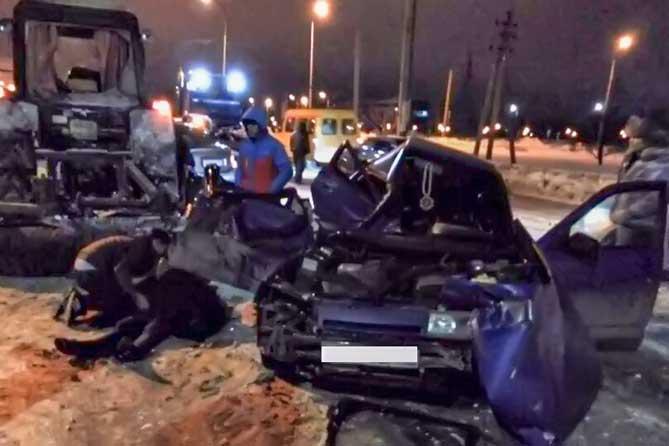 В Тольятти ночью в ДТП на улице Борковской погибла 23-летняя девушка
