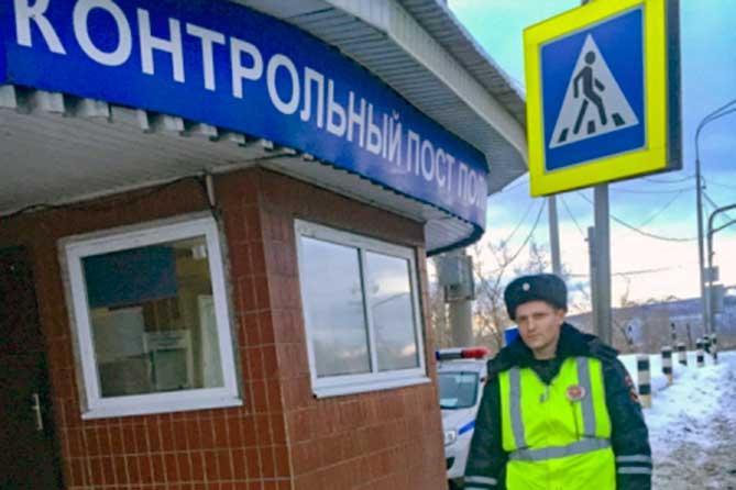 В Тольятти на КПП полиции 38-летний мужчина стал заметно нервничать