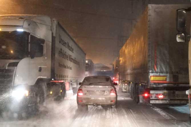 Под Тольятти временно закрыт участок трассы М-5 для движения грузовиков 24 января 2019 года