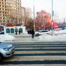 Переходили дорогу на 40 лет победы в Тольятти на зеленый свет светофора: 6-летней девочке понадобилась медицинская помощь
