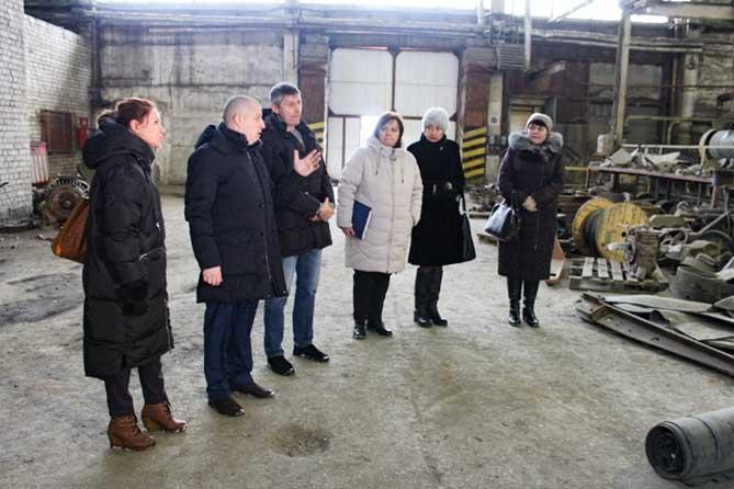 На ООО «Тольяттинский кирпич» три месяца не выплачивают зарплату: Власти взяли ситуацию на контроль