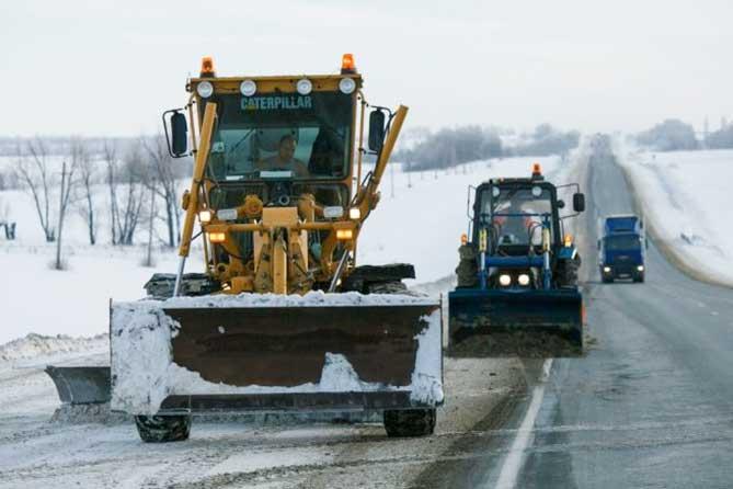 Свыше 100 единиц техники работают на федеральных дорогах Самарской области 14 февраля 2019 года