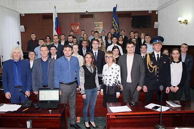 Члены молодежного парламента приглашают молодежь Тольятти к сотрудничеству