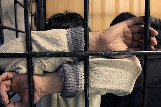 Вовлек в преступную группу своего брата и шестерых безработных в возрасте от 20 до 23 лет