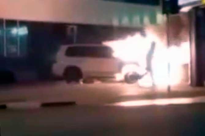 В Тольятти двое местных жителей обвиняются в поджоге внедорожника стоимостью 2 миллиона рублей
