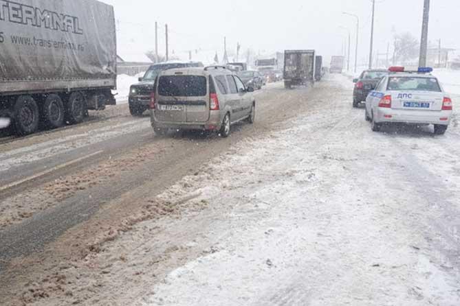 На трассе М-5 между Тольятти и Сызранью ограничено движение 7 февраля 2019 года