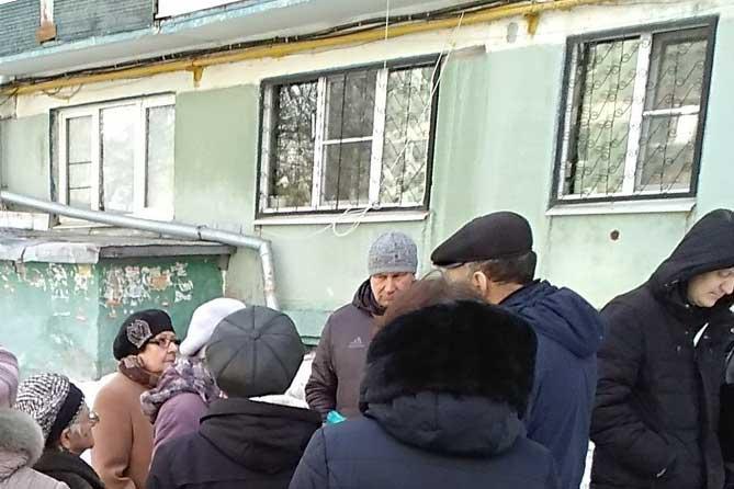От жителей Тольятти поступают обращения по капитальному ремонту, связанные с протечками кровель