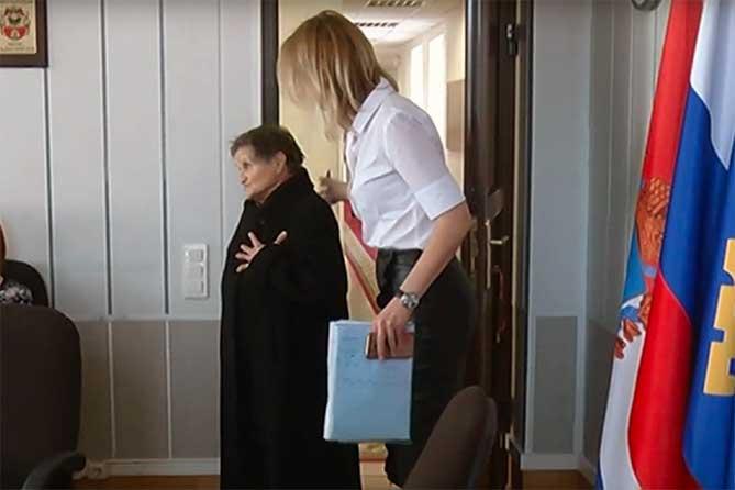 Жители пришли с жалобами к главе Тольятти: Все пожелания горожан будут приняты к сведению