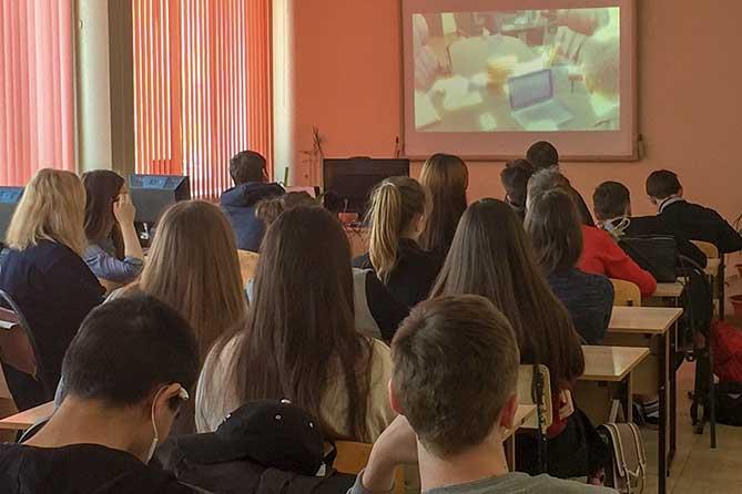 В колледже Тольятти сотрудники полиции провели профилактическое мероприятие с учащимися