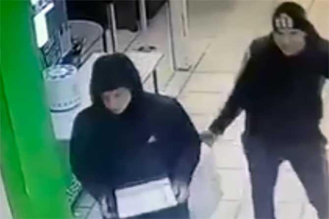 В Тольятти разыскивают троих подозреваемых: Принимаются меры к установлению и опросу очевидцев