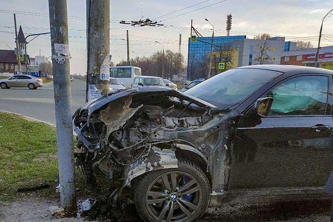 В Тольятти пострадали пассажиры маршрутного автобуса 13 апреля 2019 года