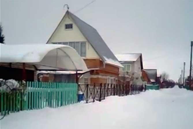 На лыжах: Двое мужчин зимой похищали имущество из дачных домиков