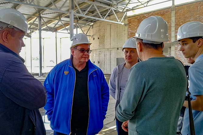 Глава Тольятти провел объезд по объектам, строящимся по программе празднования 50-летия АВТОВАЗа