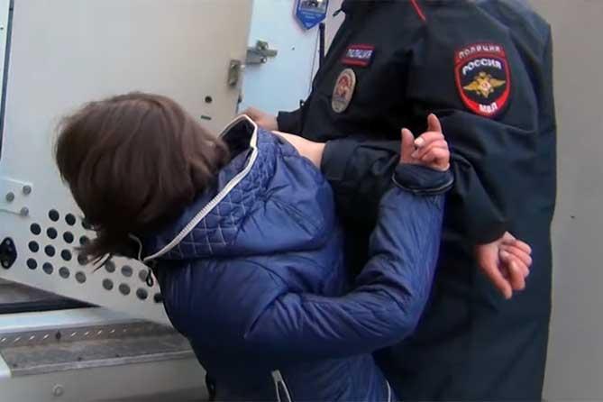 В Жигулевске мать жестоко обращалась со своими детьми, причиняла мучения и страдания