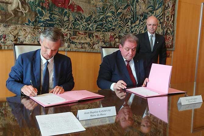 Сергей Анташев во Франции подписал Протокол о дружбе и сотрудничестве между Тольятти и Гавром