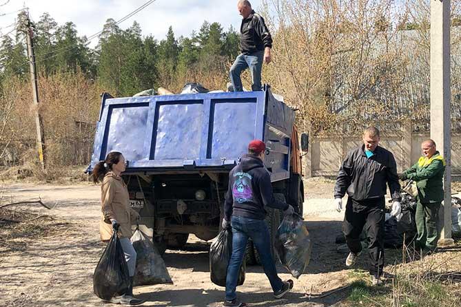 На субботниках в апреле 2019 года тольяттинцы убрали более пяти тысяч тонн мусора
