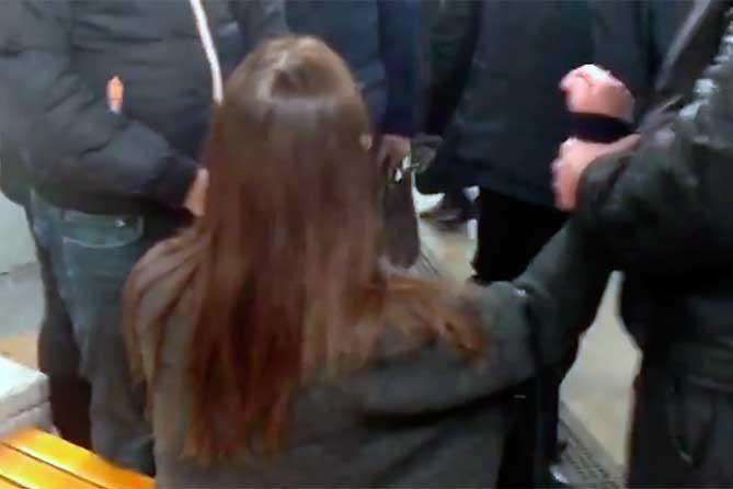 Дважды объявлена в федеральный розыск: Задержали 32-летнюю женщину на Московском проспекте Тольятти