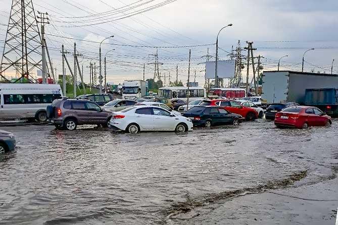 В Тольятти на трассе М-5 затруднено движение из-за непогоды 16 мая 2019 года