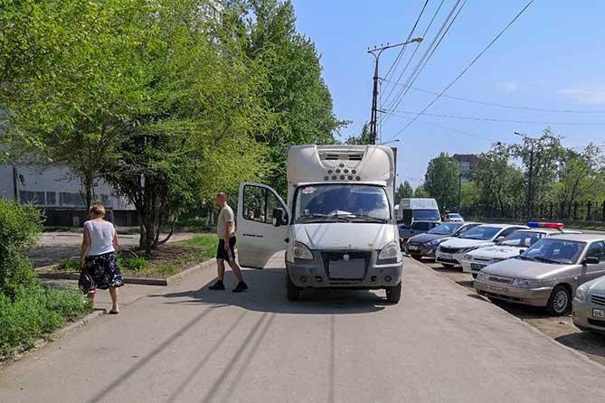В Тольятти на тротуаре «Газель» сбила 29-летнюю женщину с младенцем в коляске