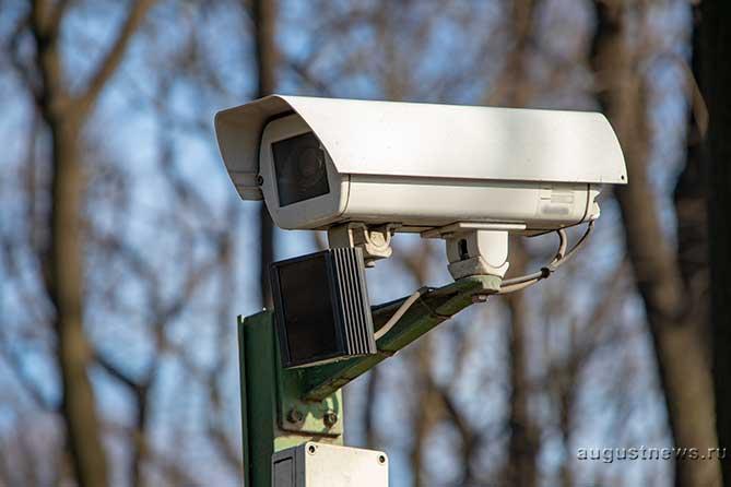 В Тольятти перекрестки, объекты образования и места массового пребывания людей обеспечат системой видеонаблюдения