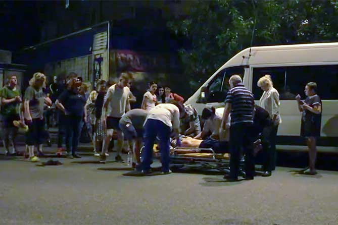 В Тольятти маршрутный автобус сбил мужчину на улице Ленина 10 мая 2019 года