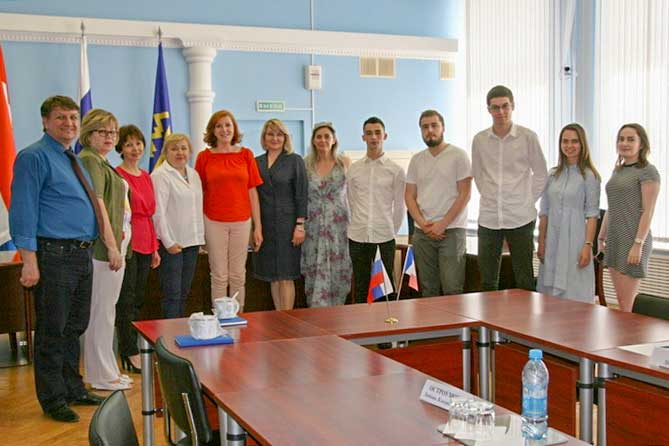 С 13 по 25 мая 2019 года в Тольятти будут проходить стажировку французские студенты