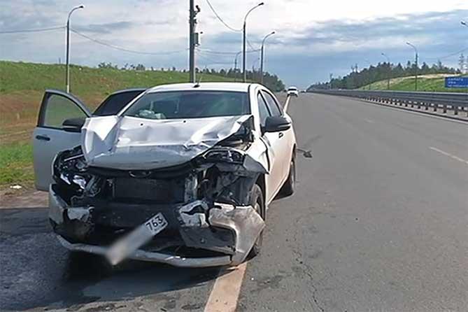 Пять человек пострадали в ДТП под Тольятти 3 июня 2019 года