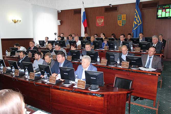 Депутатов Тольятти волнуют заминки в ходе строительства ряда образовательных объектов
