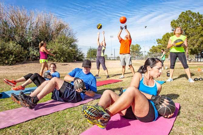 Жителей Тольятти приглашают на бесплатные тренировки в парках города с июня по август 2019 года