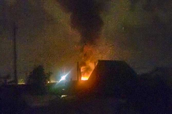 Ночью 3 июля 2019 года на дачах под Тольятти тушили пожар